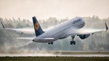 D-AINF - Lufthansa Airbus A320 NEO aircraft