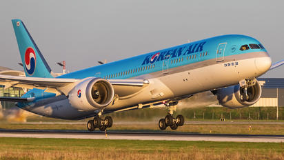 HL8345 - Korean Air Boeing 787-9 Dreamliner
