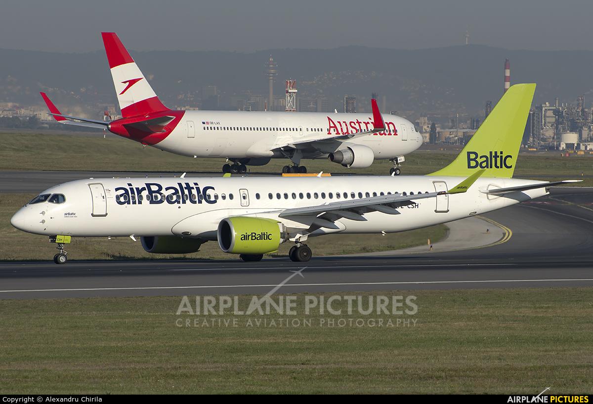 Air Baltic YL-CSH aircraft at Vienna - Schwechat