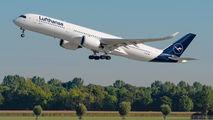 D-AIXL - Lufthansa Airbus A350-900 aircraft