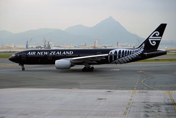 ZK-OKH - Air New Zealand Boeing 777-200ER