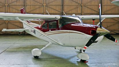LV-GQP - Private Cessna 182 Skylane (all models except RG)