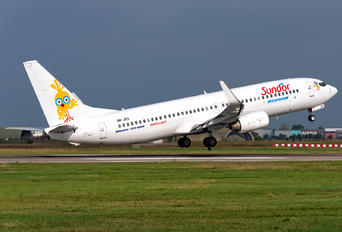 OM-JEX - Sun d'Or International Airlines Boeing 737-8AS