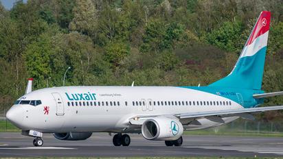 LX-LGU - Luxair Boeing 737-800