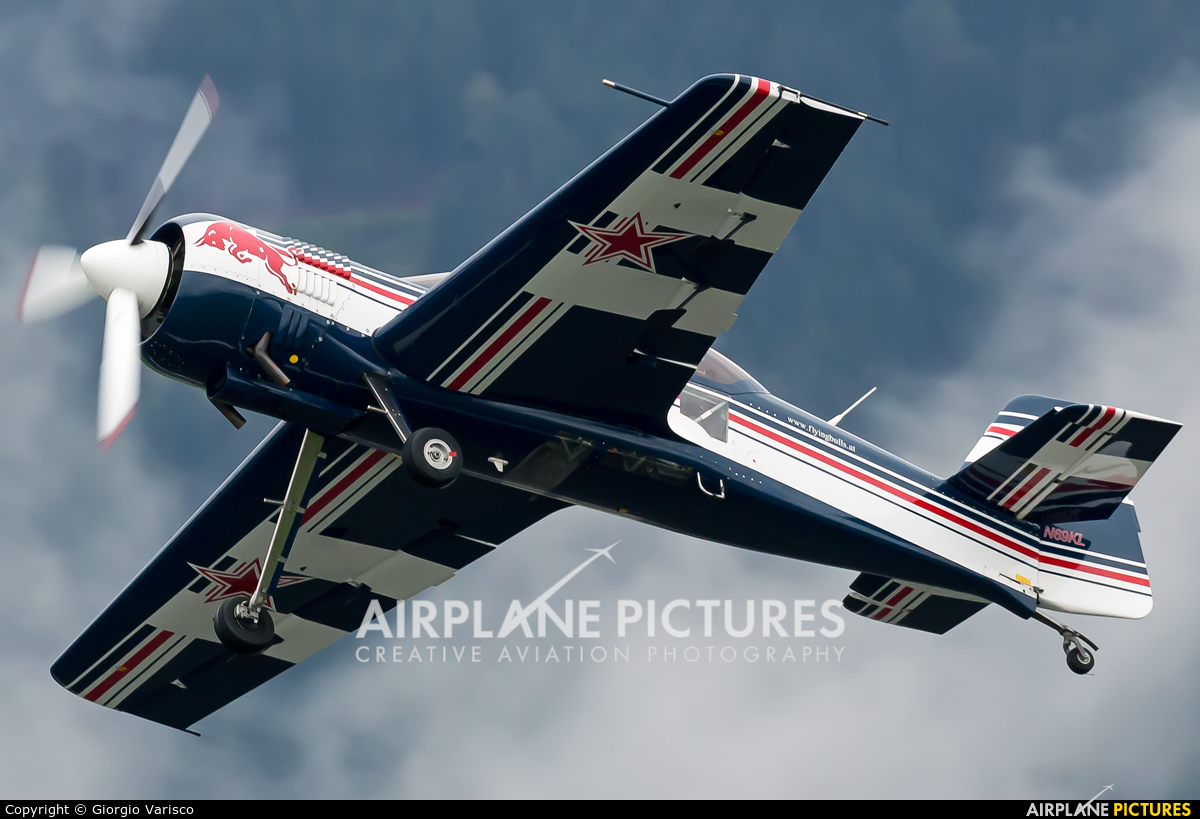 Private N69KL aircraft at Zeltweg