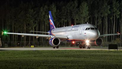 VP-BMF - Aeroflot Airbus A320