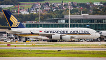 Singapore Airlines 9V-SKS image