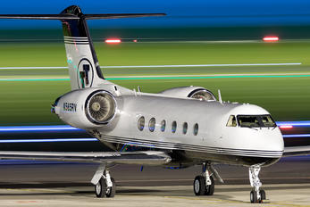 N565RV - Private Gulfstream Aerospace G-IV,  G-IV-SP, G-IV-X, G300, G350, G400, G450