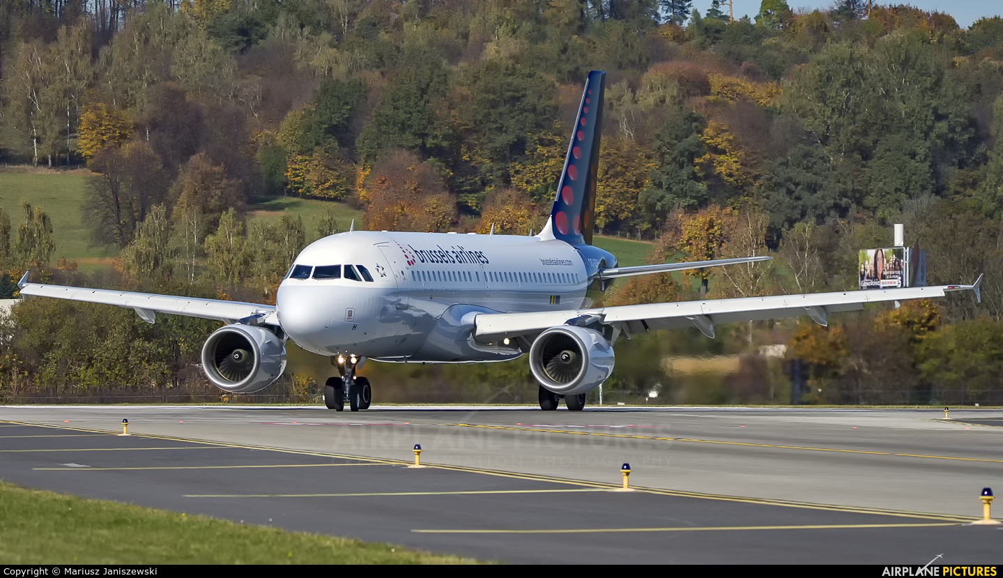 Brussels Airlines OO-SSH aircraft at Kraków - John Paul II Intl