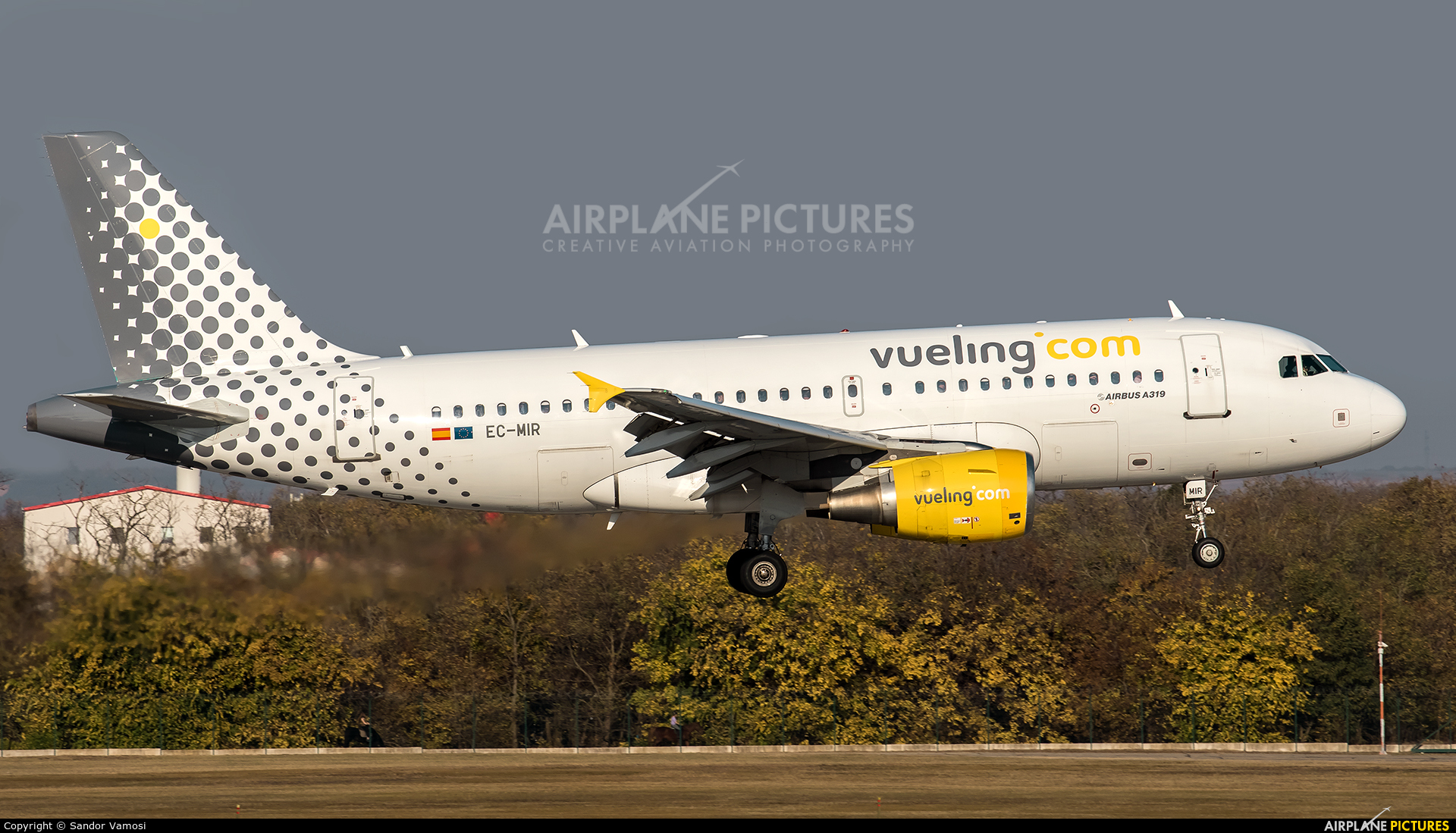 Vueling Airlines EC-MIR aircraft at Budapest Ferenc Liszt International Airport