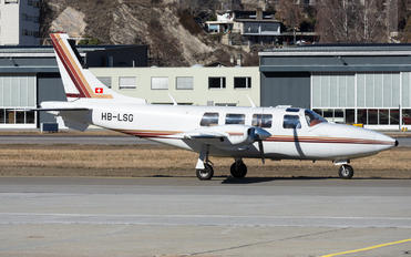 HB-LSG - Private Piper PA-61 Aerostar / Sequoya