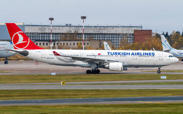 TC-JIM - Turkish Airlines Airbus A330-200