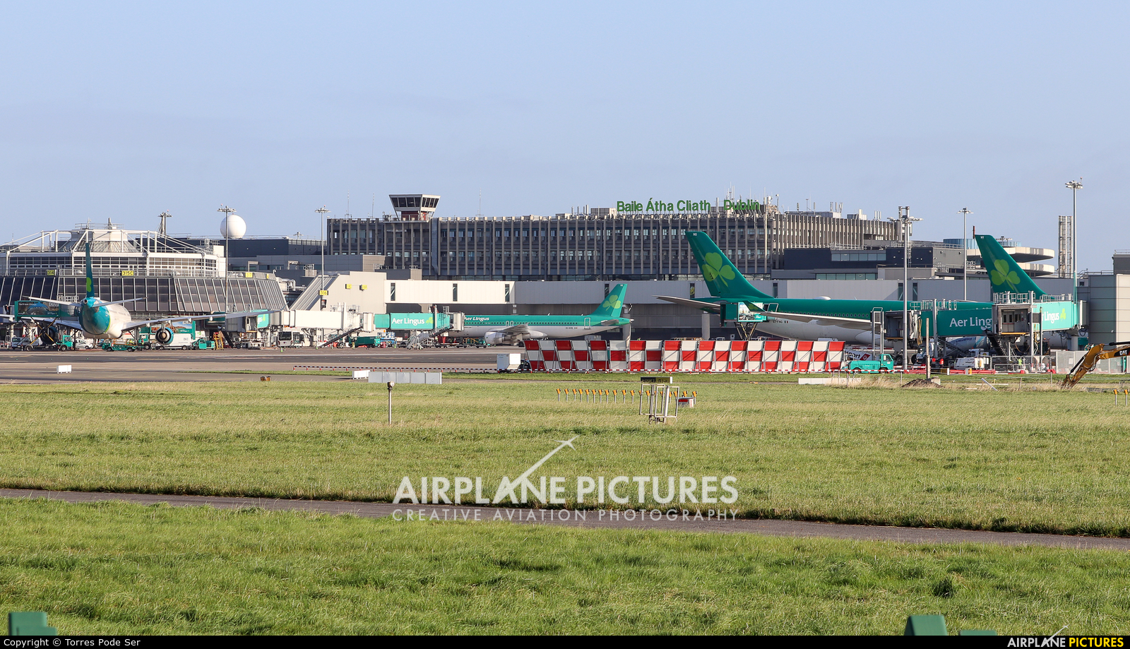 - Airport Overview - aircraft at Dublin