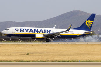 EI-EKV - Ryanair Boeing 737-800