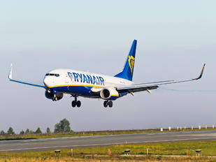 EI-GDN - Ryanair Boeing 737-8AS