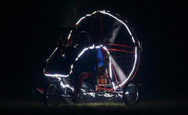 - - Private Dudek Paragliders Snake
