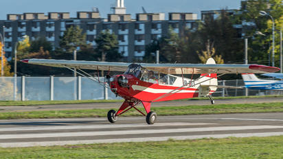 HB-OEY - Private Piper J3 Cub