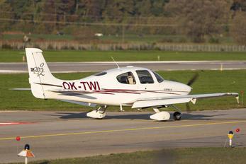OK-TWI - Private Cirrus SR20