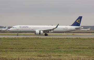 P4-KDF - Air Astana Airbus A321 NEO