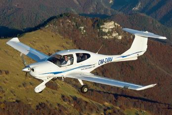 OM-DBV - Seagle Air Diamond DA 40 Diamond Star