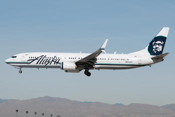 N402AS - Alaska Airlines Boeing 737-900ER