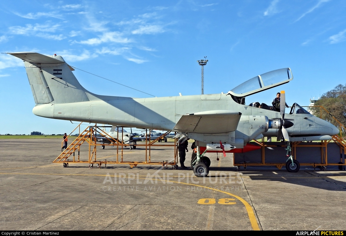 Argentina - Air Force A-571 aircraft at Reconquista - Daniel Jurkic