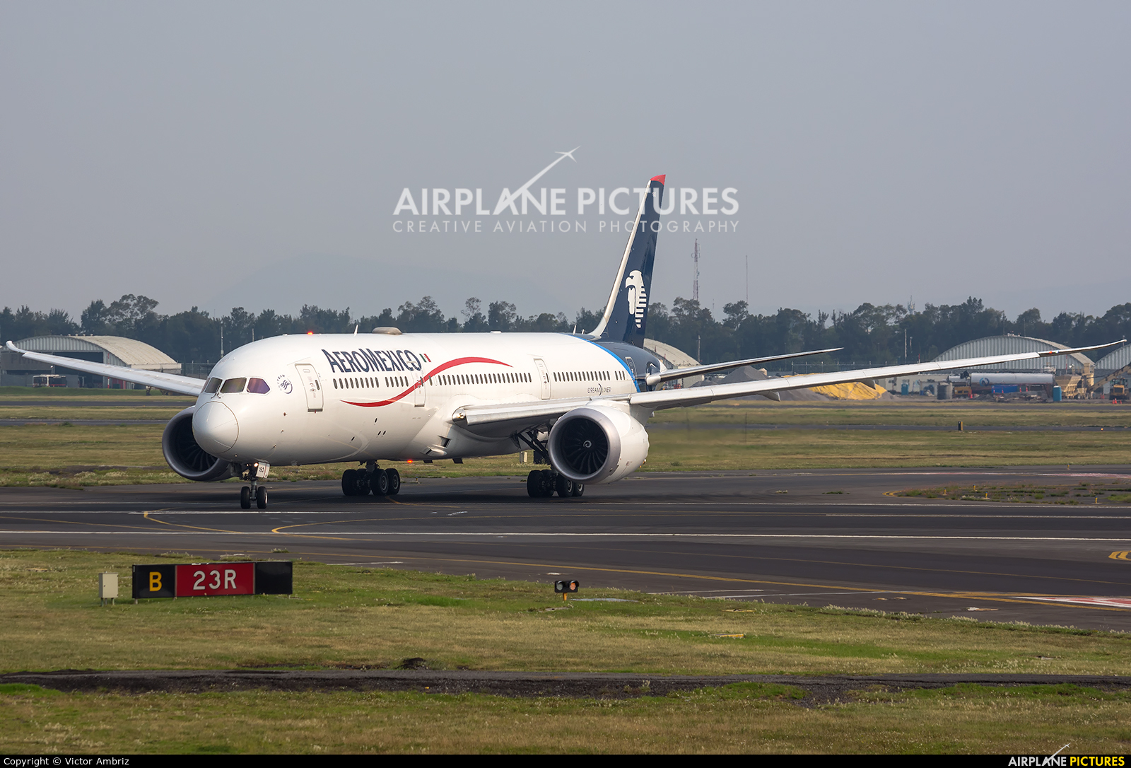 Aeromexico N183AM aircraft at Mexico City - Licenciado Benito Juarez Intl