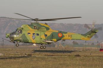 90 - Romania - Air Force IAR Industria Aeronautică Română IAR 330L-Socat Puma