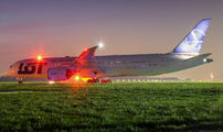 SP-LSF - LOT - Polish Airlines Boeing 787-9 Dreamliner aircraft