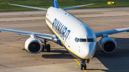EI-GJD - Ryanair Boeing 737-800