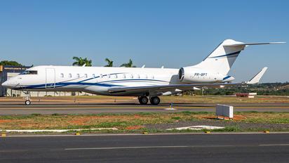 PR-BPT - Private Bombardier BD-700 Global 6000