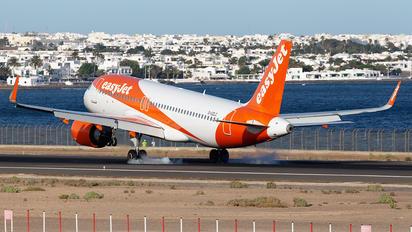 G-UZLC - easyJet Airbus A320 NEO