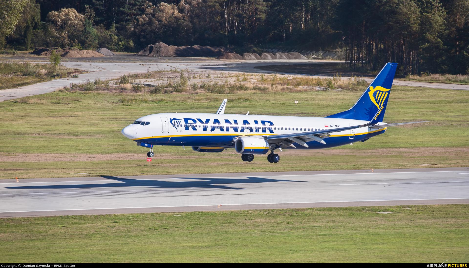 Ryanair Sun SP-RSU aircraft at Katowice - Pyrzowice