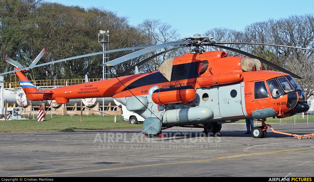 Argentina - Air Force H-95 aircraft at Reconquista - Daniel Jurkic