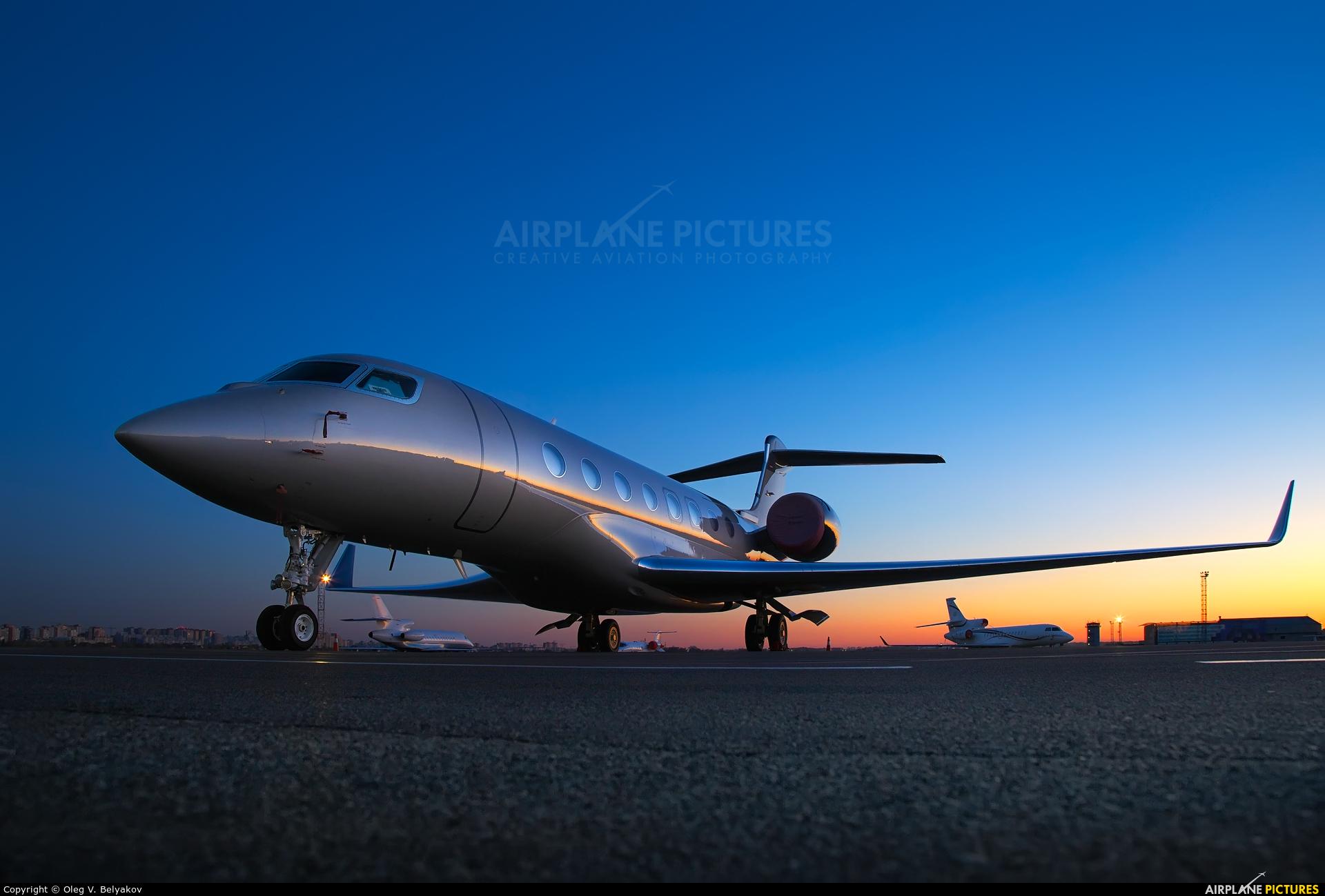 Global Jet Austria OE-LEO aircraft at Kyiv - Zhulyany