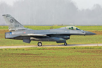 MM7253 - Italy - Air Force General Dynamics F-16A Fighting Falcon