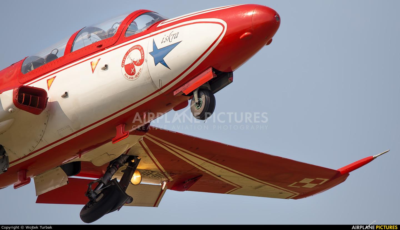 Poland - Air Force: White & Red Iskras 2 aircraft at Rzeszów-Jasionka