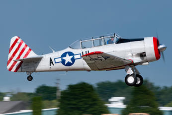 N87H - Private North American Harvard/Texan (AT-6, 16, SNJ series)