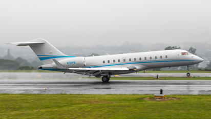 N70PS - Private Bombardier BD-700 Global Express