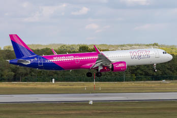 HA-LVD - Wizz Air Airbus A320