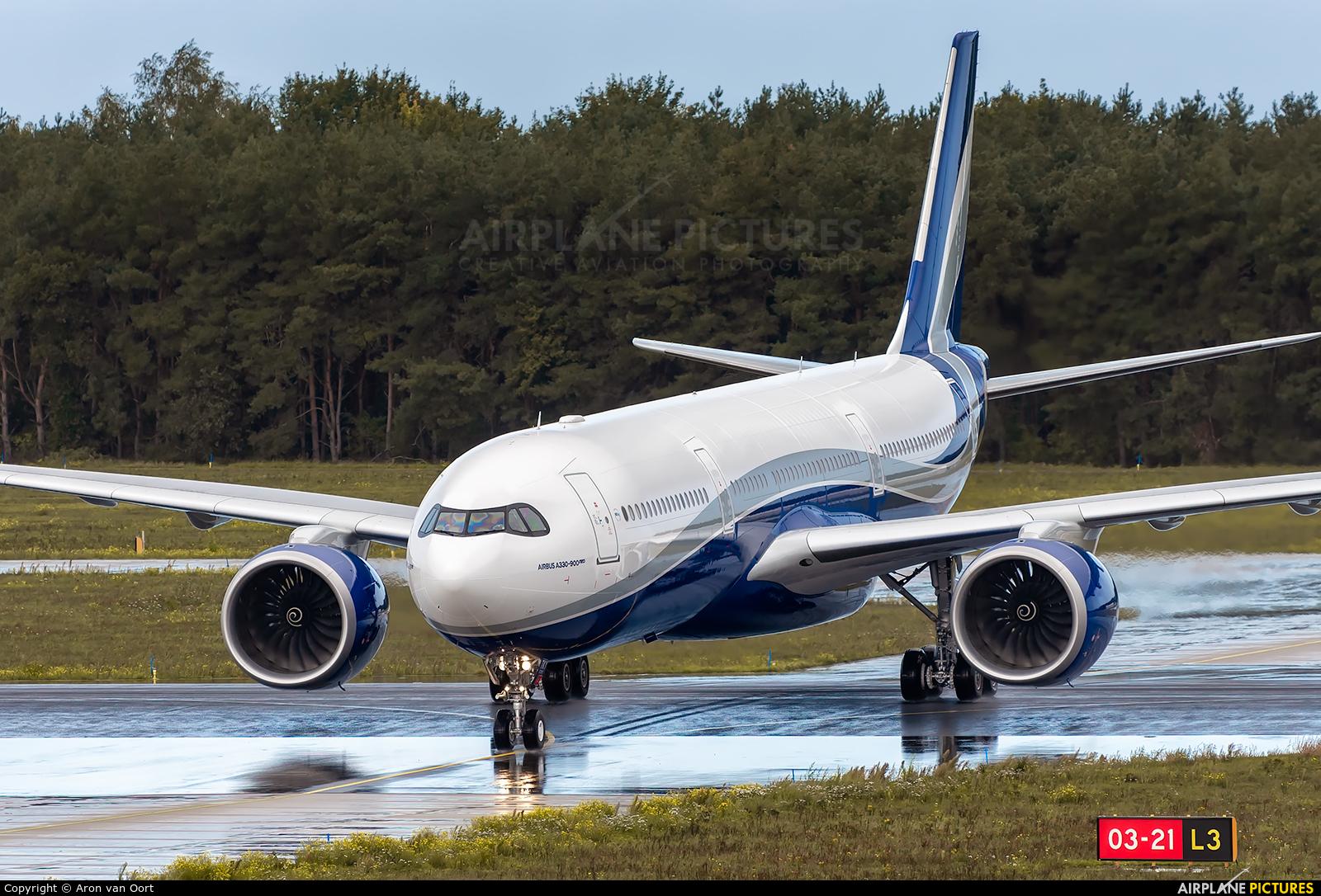 Hi Fly CS-TKY aircraft at Eindhoven