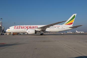 ET-ATI - Ethiopian Airlines Boeing 787-8 Dreamliner