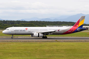 HL8256 - Asiana Airlines Airbus A321