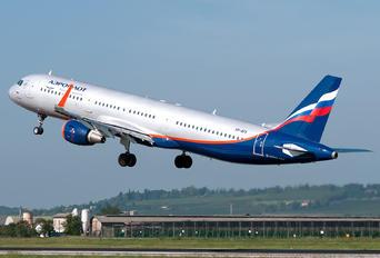 VP-BFK - Aeroflot Airbus A321