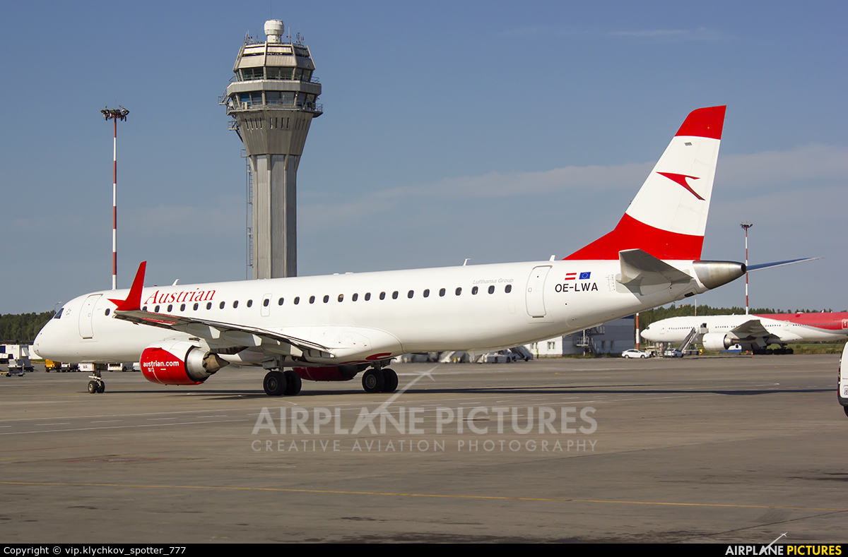 Austrian Airlines/Arrows/Tyrolean OE-LWA aircraft at St. Petersburg - Pulkovo