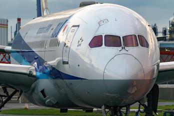 JA828A - ANA - All Nippon Airways Boeing 787-8 Dreamliner
