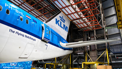 EHAM - KLM Boeing 787-9 Dreamliner