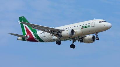 EI-IMJ - Alitalia Airbus A319