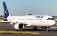 D-AIEA - Lufthansa Airbus A321 NEO aircraft