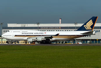 9V-SMY - Singapore Airlines Boeing 747-400